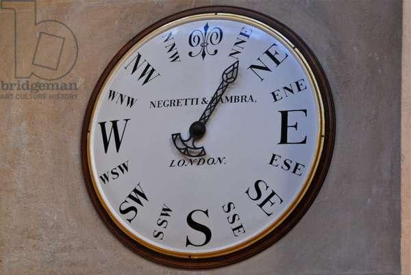 Negretti & Zambra Clock in the Great Hall at Blenheim Palace (photo)