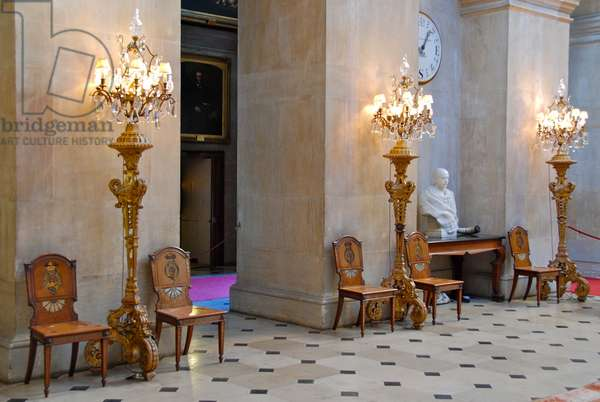 Torcheres and chairs in the Great Hall, Blenheim Palace, Oxfordshire (photo)