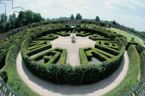 The Marlborough Maze at Blenheim Palace (photo)