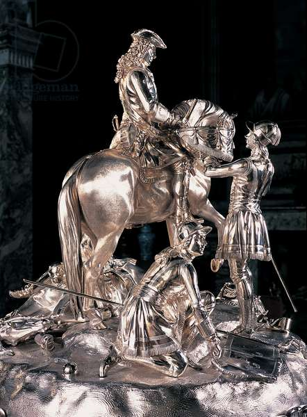 Silver centrepiece of the Duke of Marlborough after his victory at Blenheim (silver)