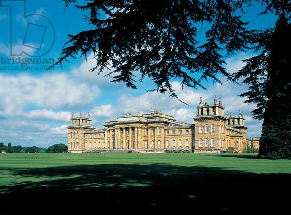 The South Front and Lawn, Blenheim Palace (photo)
