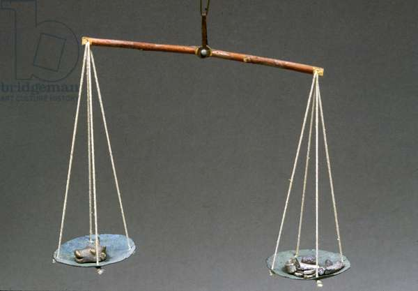 Scale for weighing gold and silver (mixed media)
