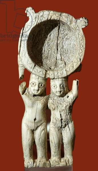 Ivory cosmetic box, Ur, c.700-600 BC (ivory)