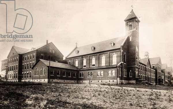 Kneipp Sanitarium and Convent, Rome City, Indiana, USA (postcard)