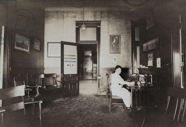 Dr. A.H. Farnsworth and Dr. Earle E. Farnsworth Reception Room 1919 (silver gelatin print)