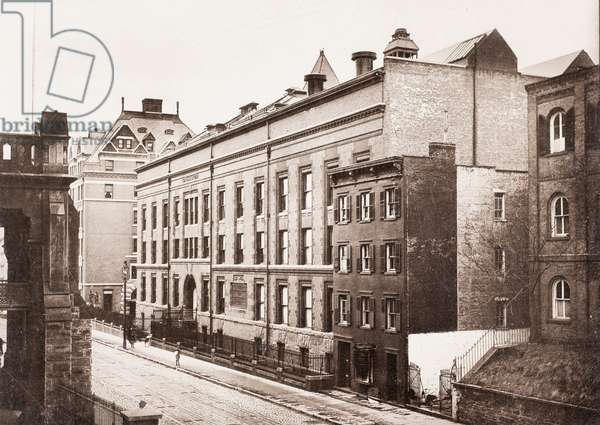 The College of Physicians and Surgeons, Columbia University, New York, USA, 1901 (silver gelatin print )