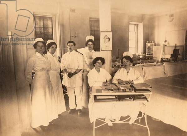 Doctor and Nurses Pose for Group Photo in Ward, NYC, New York City, NY, c.1900 (silver gelatin print)