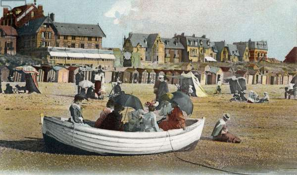 Le Touquet Paris Plage: navigation in small boat on the beach, postcard, 1906
