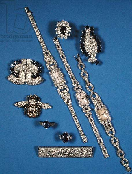A selection of diamond and sapphire jewellery