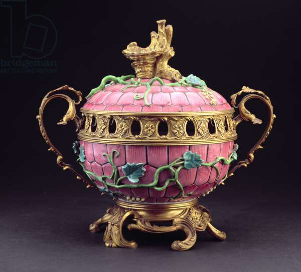 A Chinese mounted 'Famille Rose' bowl and cover, 19th century (gilt bronze and porcelain)