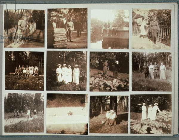Photo Album of Grand Duchess Anastasia Nikolaevna (1901-18) with amateur photographs of the family, Tsarskoe Selo, 1917 (b/w photo) (detail of 243321)