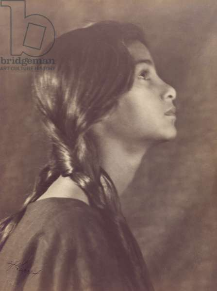 Indian-Hawaiian Girl, also titled Voices of the Woods, 1909 (toned silver bromide print)