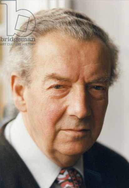 Benjamin Britten - portrait  at Aldeburgh, the Red House 1976
