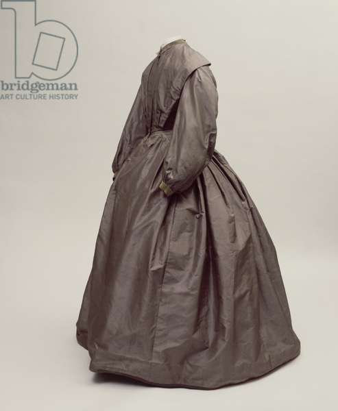 Charlotte Bronte's going away dress (textiles)