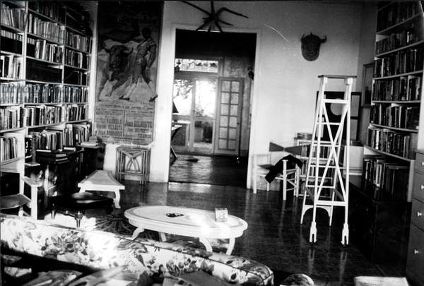 Hemingway in Finca Vigia, his house in San Francisco de Paulo,Cuba 1956