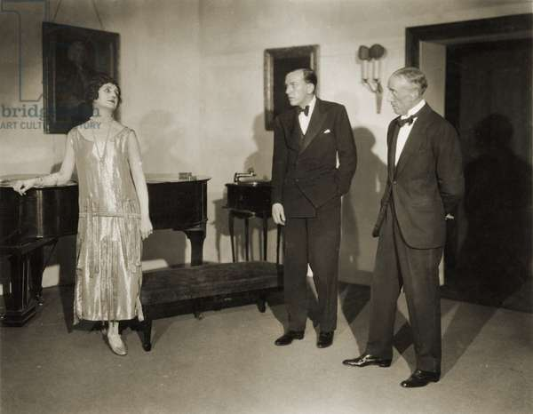 Scene from Noel Coward's ' The Vortex ' 1922 with Lilian Braithwaite, Noel Coward (centre) and Bromley Davenport (all creators of role) -this play was his big breakthrough