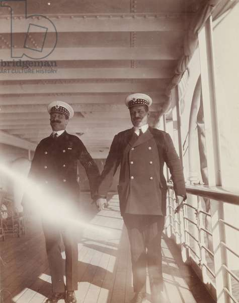 Officers aboard the S.S. Balmoral Castle, 1910 (b/w photo) [1995/076/1/4/1/3]