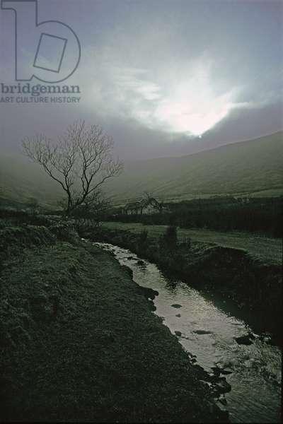 In the lee of Ben Bulben mountain, County Sligo, Ireland (photo)