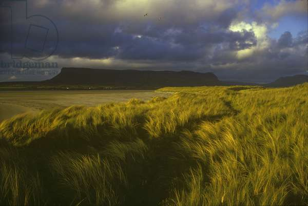 Rosses Point and Drumcliff Bay, with Ben Bulben in background, County Sligo, Ireland (photo)