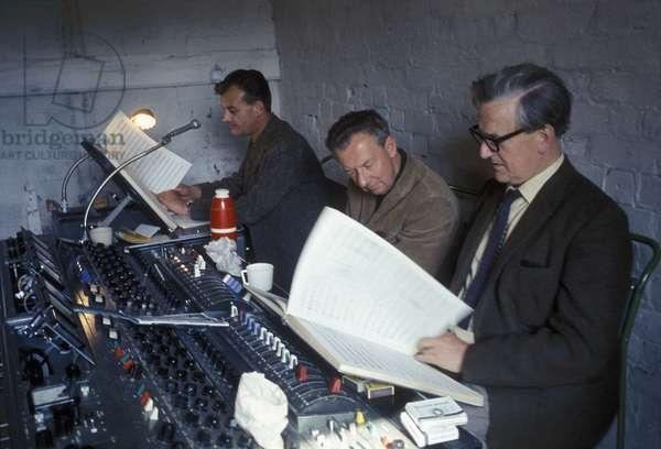 Decca recording session with Benjamin Britten in Aldeburgh, Suffolk, June 1967 (photo)