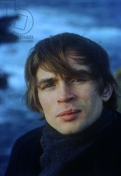 Rudolf Nureyev on vacation at Lands End, Cornwall, England, c.1967 (photo)