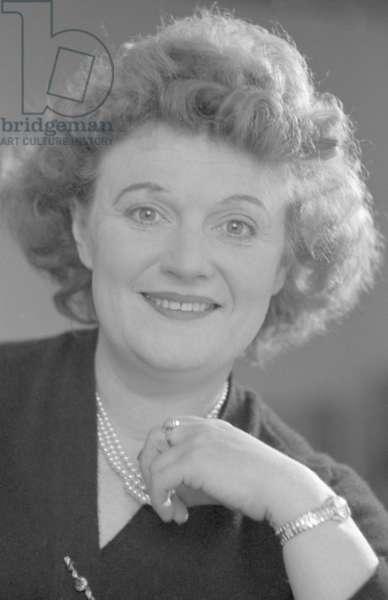 Muriel Spark (b/w photo)