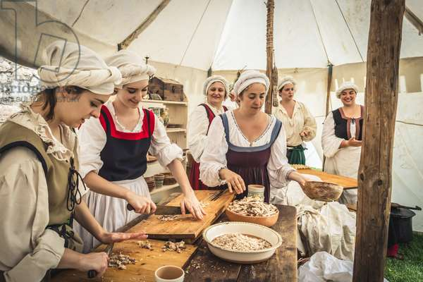 Civil and military customs: Field kitchen, Castel Beseno, Trento, Italy (photo)
