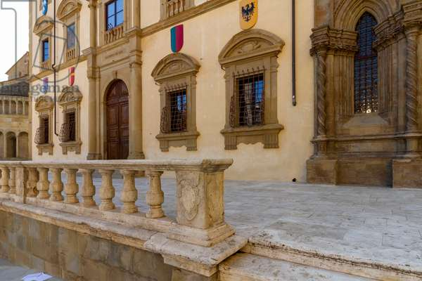 Palace of the Fraternity of the Laity, Arezzo, Tuscany, Italy (photo)