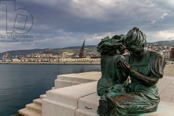 "Riva Caduti for the Italianity of Statue ""The girls of Trieste"". Fiorenzo Bacci, Trieste, Friuli Venezia Giulia, Italy (photo)"