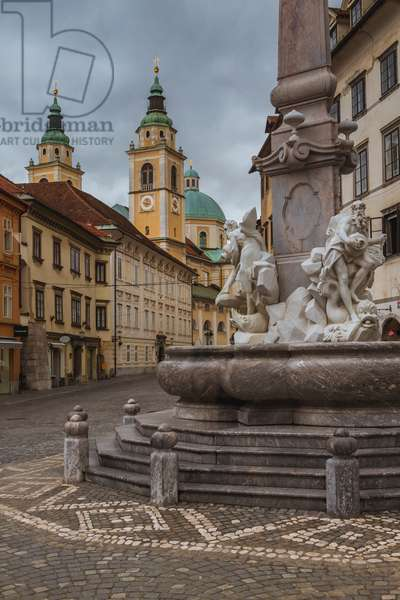 Civic Square, Fountain of the Three Carniolan Rivers, Ljubljana, Slovenia (photo)