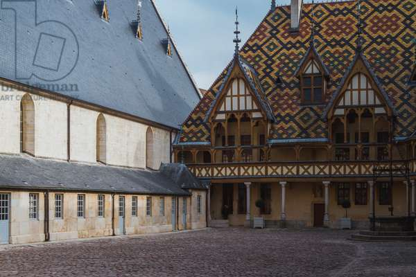 Hotel Dieu, Beaune, Burgundy, France (photo)