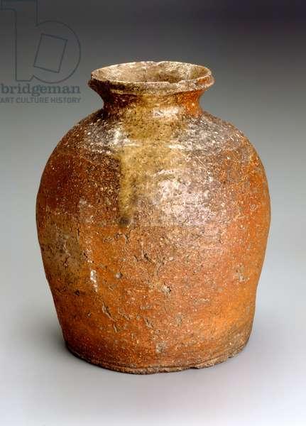 Shigaraki ware jar (stoneware with natural ash glaze)