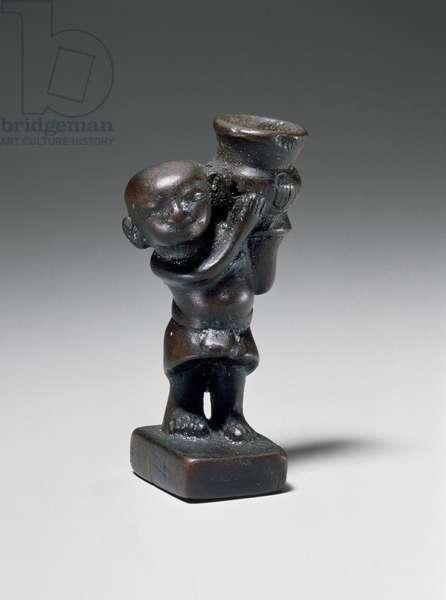 Dwarf holding a jar, New Kingdom, Dynasty 18, reign of Akhenaten, 1349-–1336 B.C. (boxwood)