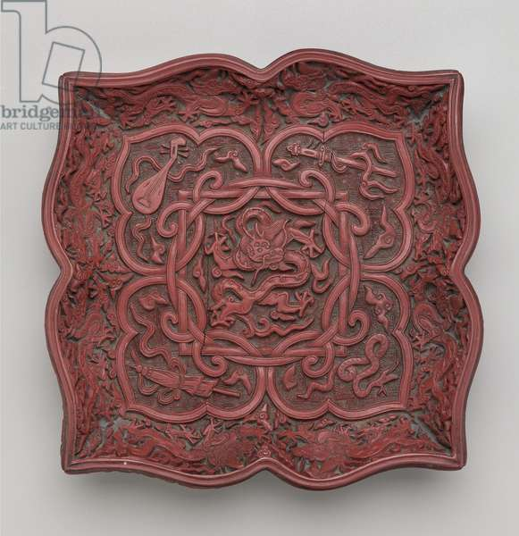 Foliate square dish with auspicious motifs (lacquer & wood)