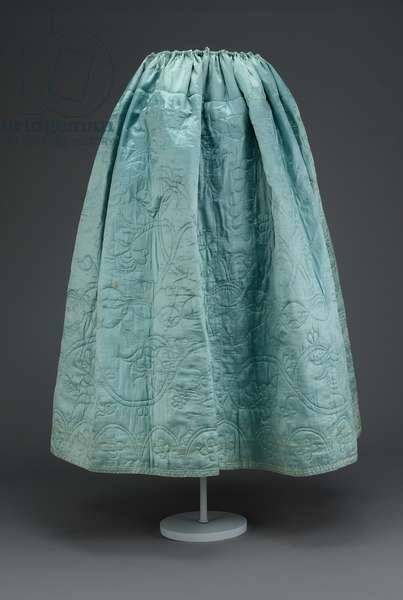 Petticoat (silk satin quilted, wool-glazed lining & linen drawstring, waistband has had later alterations)