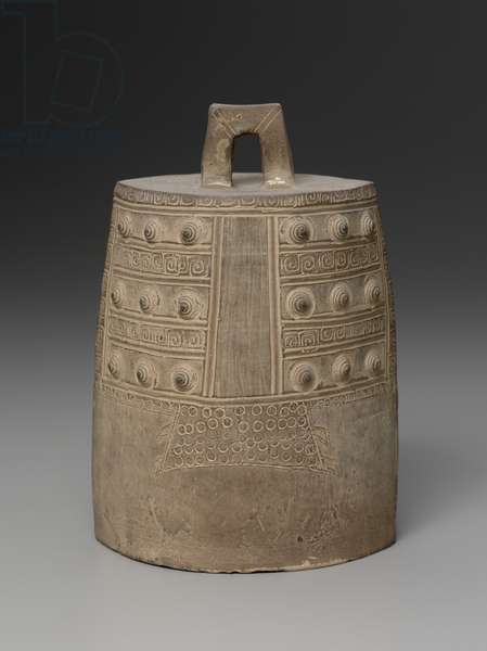 Model of a loop suspension bell, 4th century BC (earthenware)