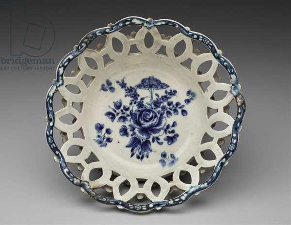 Fruit basket, 1771–-72 (soft-paste porcelain)