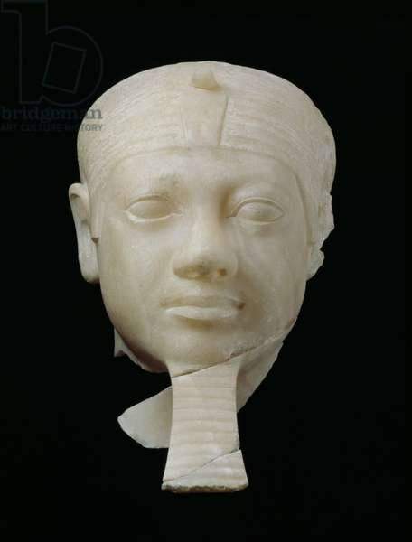 Head of King Menkaure, found in Menkaura Valley Temple, Giza, Egypt, Old Kingdom, reign of Menkaure, 2532-2510 BC (alabaster)