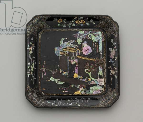 Square dish, 18th century (lacquered wood, mother of pearl, brass, silver & pewter foil inlay)