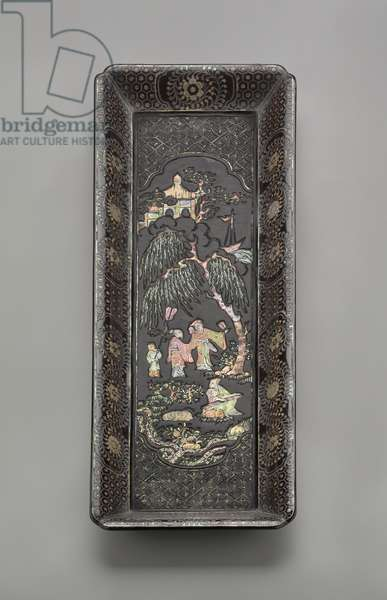Lacquer scroll tray, 16th century (lacquered wood & mother of pearl)