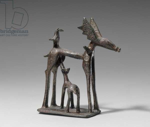 Statuette of a deer nursing her fawn, Geometric Period (c.800-700 BC) (bronze)