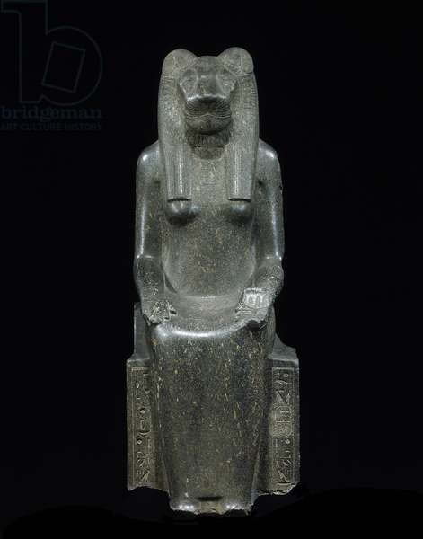 Seated Sekhmet, from the Temple of Mut, Thebes, New Kingdom (granodiorite)