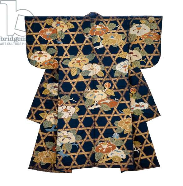 Noh costume, late 17th to early 18th century (silk satin, embroidered with silk, with stenciled gold leaf)