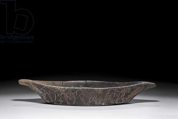 Boat-shaped dish (ceramic)