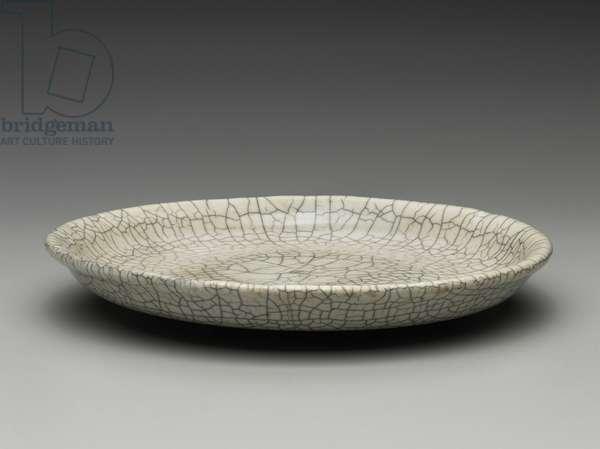 Dish, 18th century (stoneware)