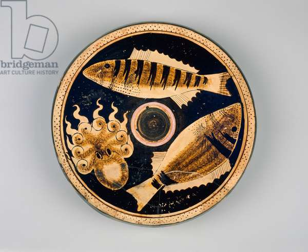 Campanian fish plate from south Italy, Late Classical Period, c.350-325 BC (ceramic)