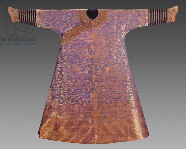 Man's semi-formal court robe (jifu), fourth quarter of the 18th century (silk satin-weave ground with gold-wrapped thread)