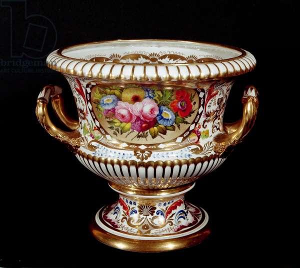 Derby porcelain urn, hand-painted, c.1820 (porcelain)