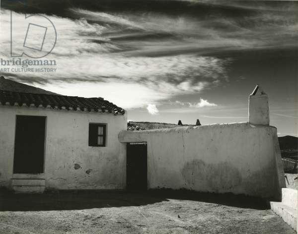 Building, Spain, 1960 (silver gelatin print)