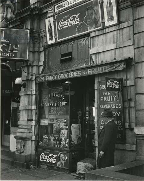 St. Francis Grocery, New York, 1943 (silver gelatin print)